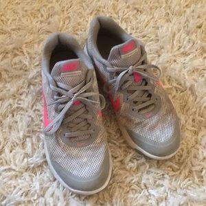 Women's Nike flex run